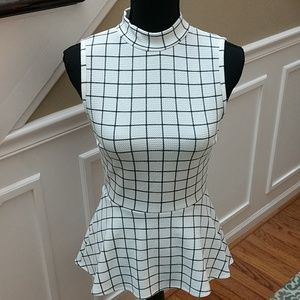 A. Buyer women's top size small